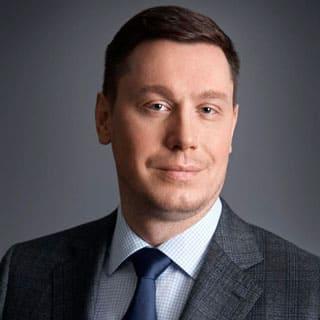 Виктор<br/>Лукьянов